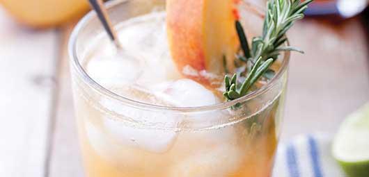 Gin Peach Fizz